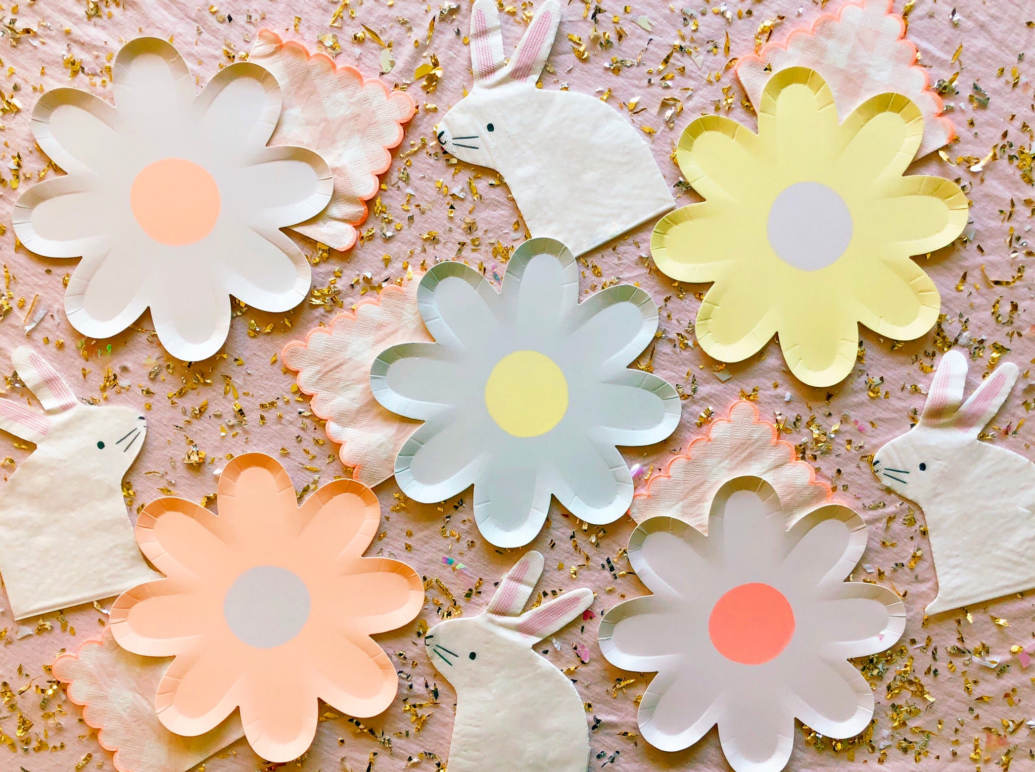 Pastel Daisy Paper Plates – Pretty Little Things Collective