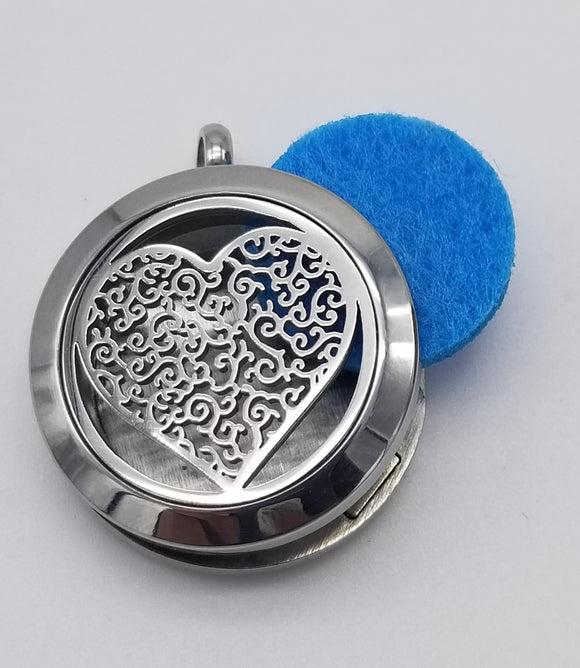 Brand New Heart Aroma Essential Oil Diffuser Locket Pendant