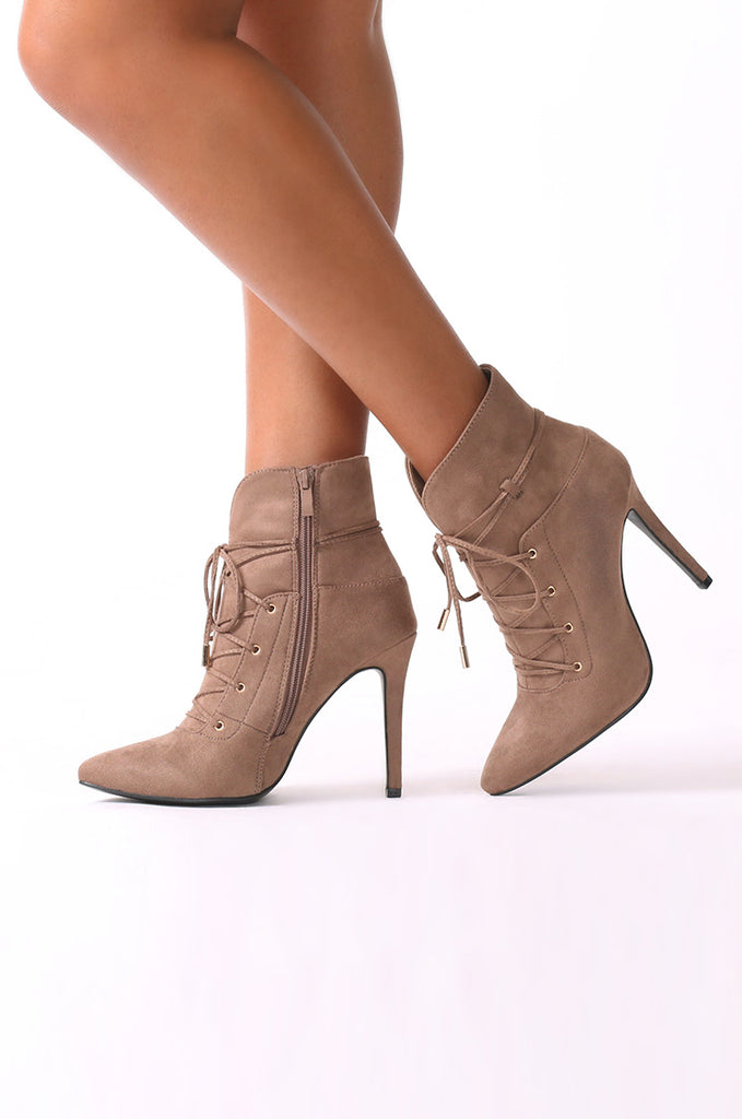 SCM0082-TAN SUEDE LACE UP ANKLE BOOTIES