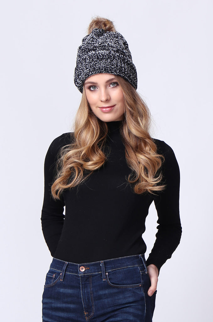 SMC0085-BLACK FUR BOBBLE CABLE KNIT HAT