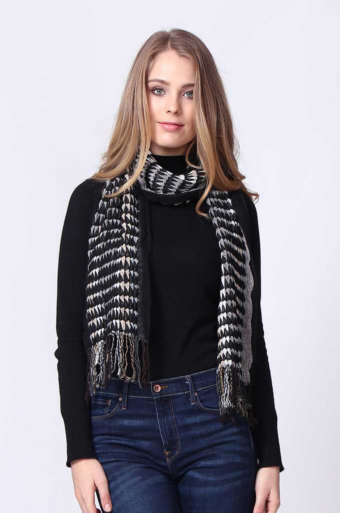 SMC0087-BLACK DIAMOND PATTERN KNIT SCARF