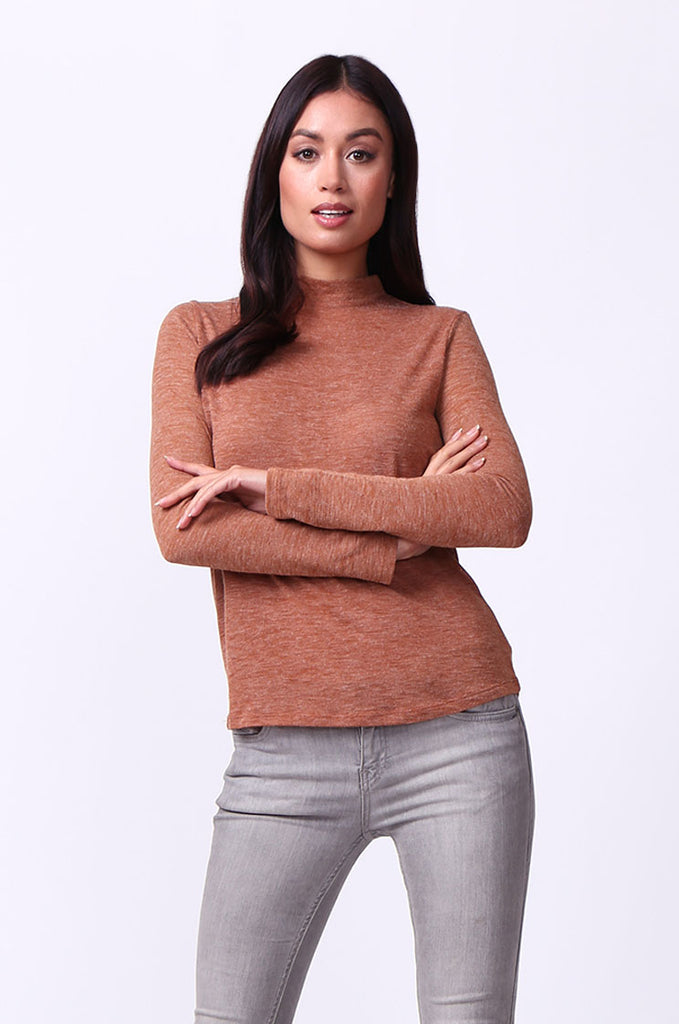 SA0053-TAN LONG SLEEVE ZIP MOCK NECK TOP