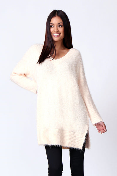 V-NECK FLUFFY OVERSIZED JUMPER