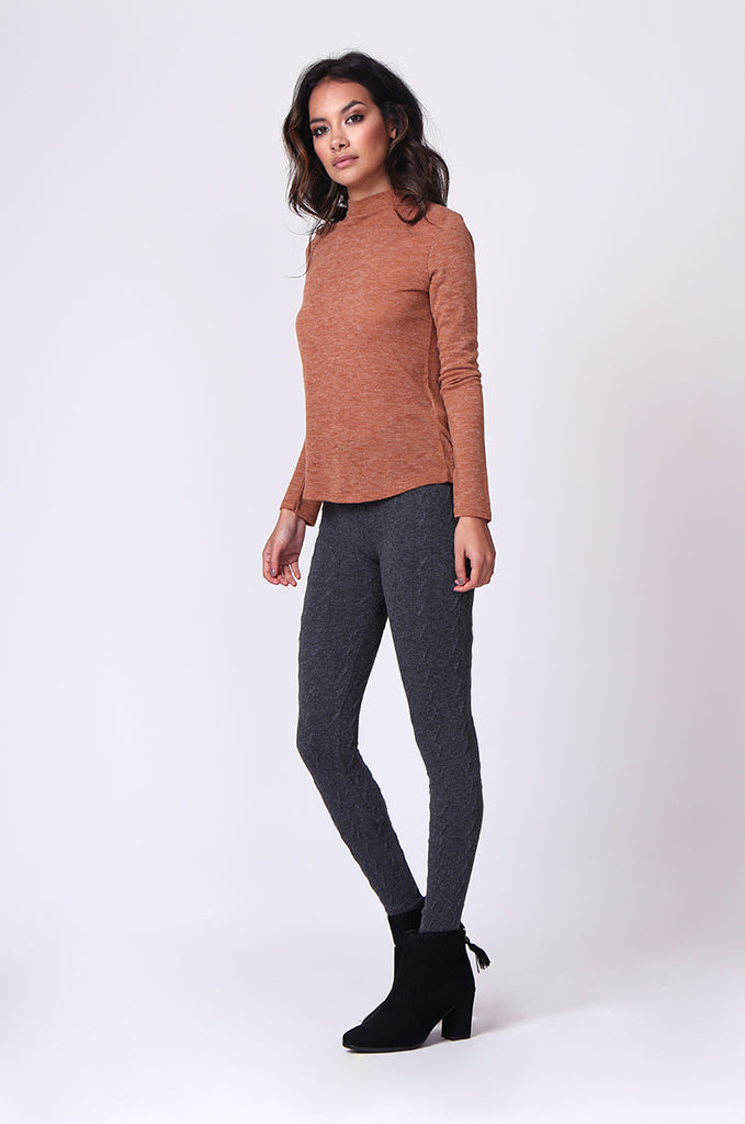SP0126-GREY BASIC CABLE KNIT LEGGING view 2