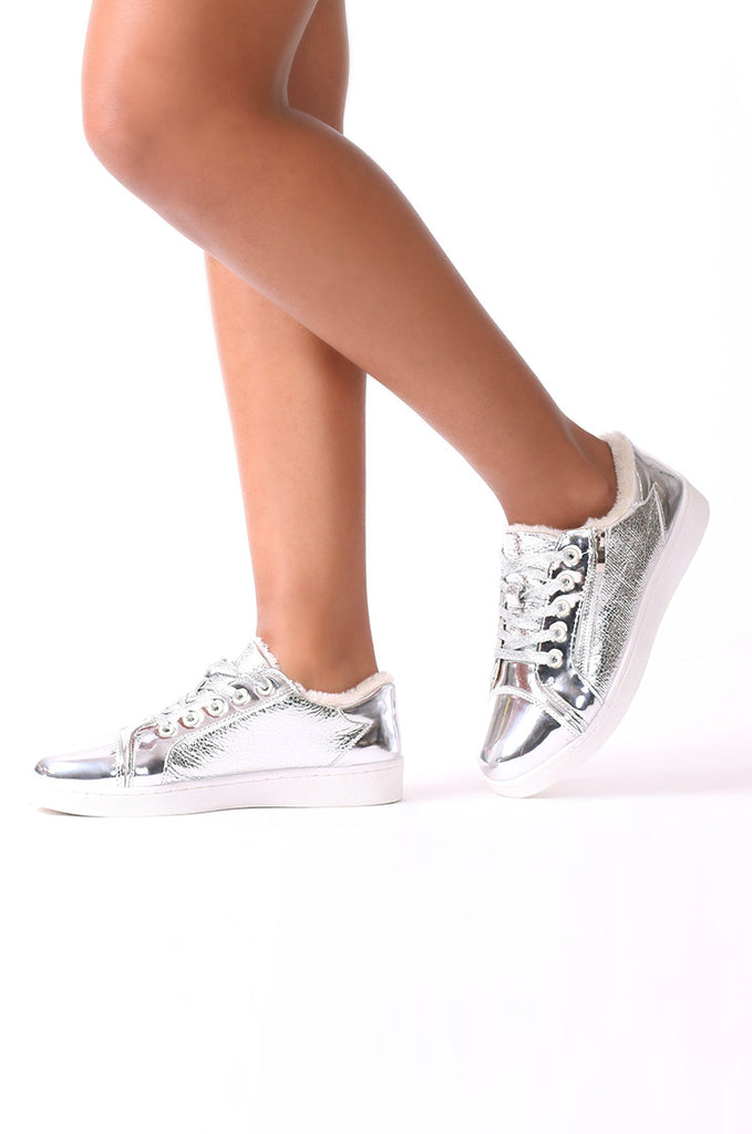 SMJ0037-SILVER FUR LINED METALLIC TRAINER