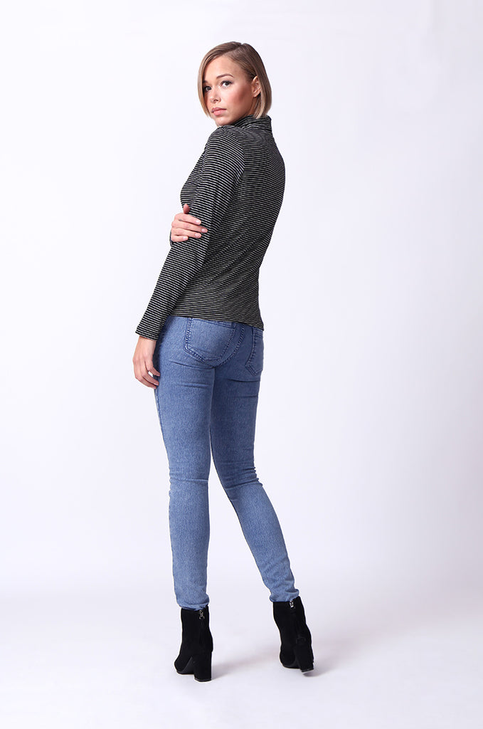 SF0024-BLACK STRIPED LONG SLEEVE BASIC TURTLENECK view 4