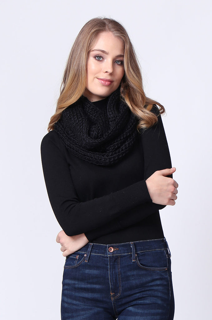 SMC0090-BLACK CHUNKY KNIT SCARF