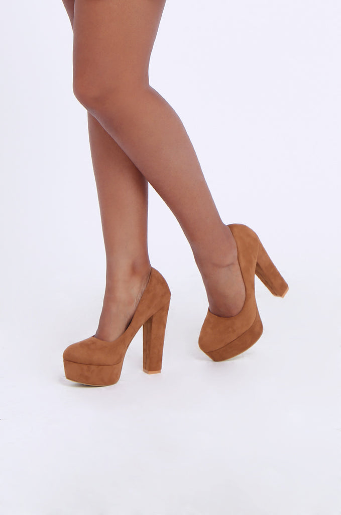 SW1806-TAN ROUND TOE CHUNKY HEEL PLATFORM PUMPS view 2