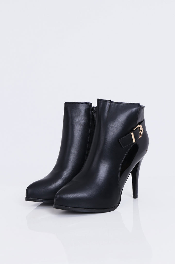 SW1811-BLACK BUCKLE DETAIL PATENT BACK HEEL BOOT