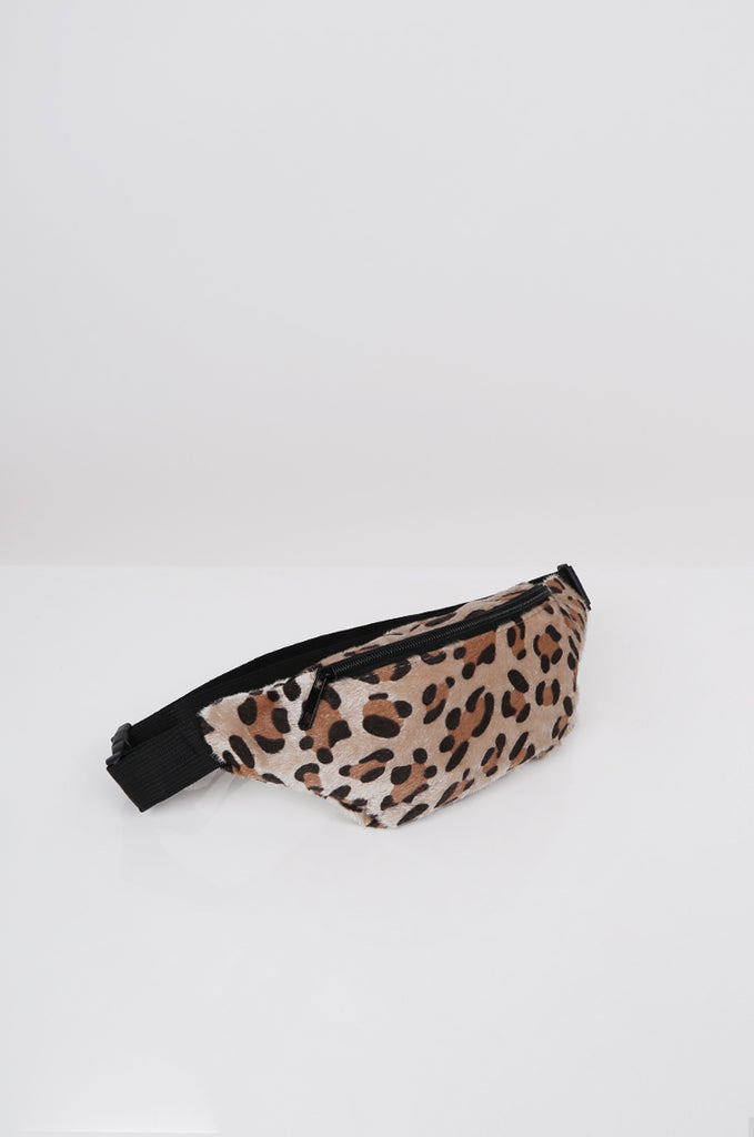 SPS2360-BEIGE FAUX FUR ANIMAL PRINT BUM BAG
