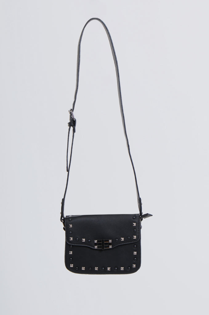 SMB2170-BLACK STUDDED FRONT CROSS BODY BAG