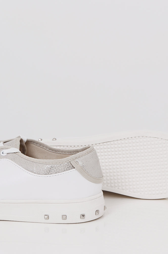 SMY2400-SILVER CONTRAST STUDDED HEEL TRAINER view 3