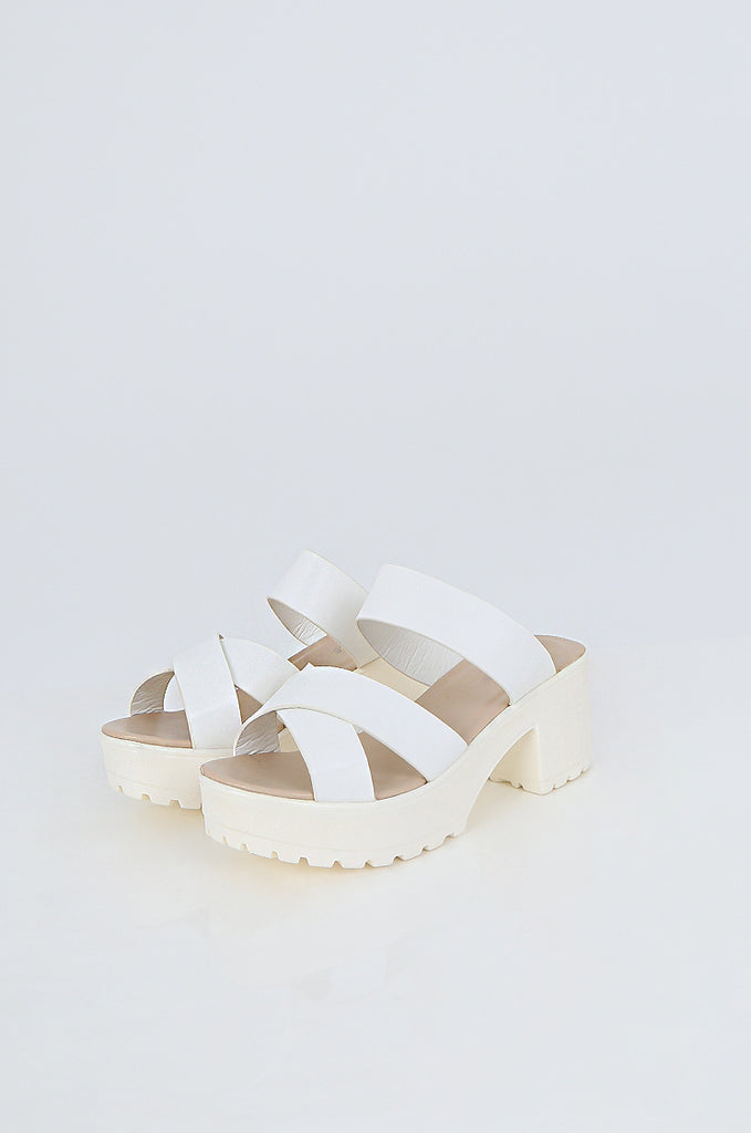 SES2489-WHITE CHUNKY STRAP PLATFORM SANDALS view main view