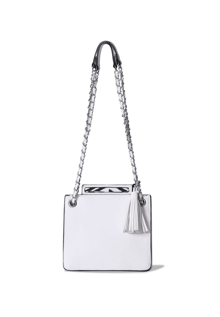 SMB0396-WHITE CHAIN STRAP SHOULDER BAG WITH TASSLE