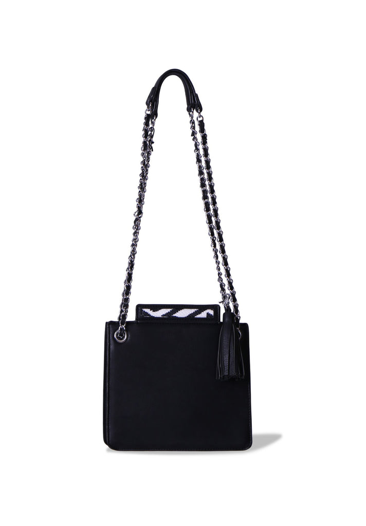 SMB0396-BLACK CHAIN STRAP SHOULDER BAG WITH TASSLE view main view