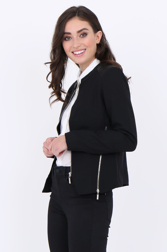 SAT1913-BLACK ZIP SIDE QUILTED LEATHERETTE SHOULDER & NECK BLAZER view 2