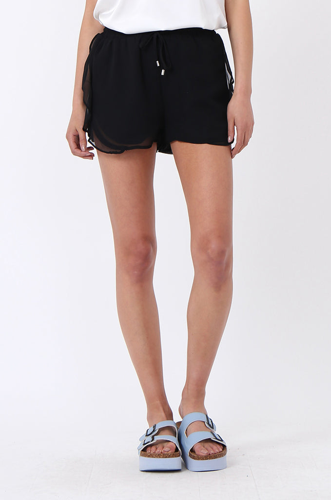 SDF1131-BLACK FRILL DRAWSTRING SHORT view 5