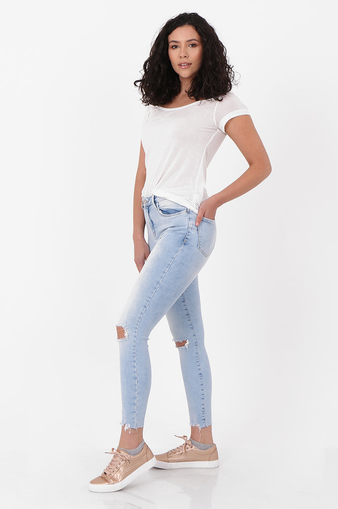 SEF2658-LIGHT BLUE RIPPED KNEE SKINNY JEANS view 2