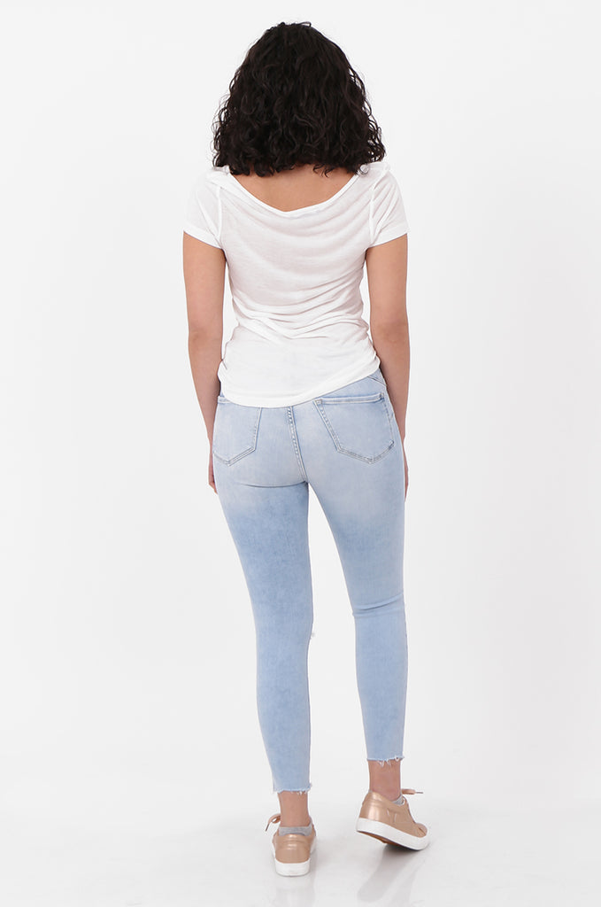SEF2658-LIGHT BLUE RIPPED KNEE SKINNY JEANS view 3