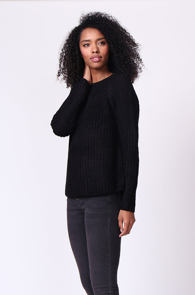 SF0235-BLACK CHUNKY CABLE KNIT JUMPER view 2