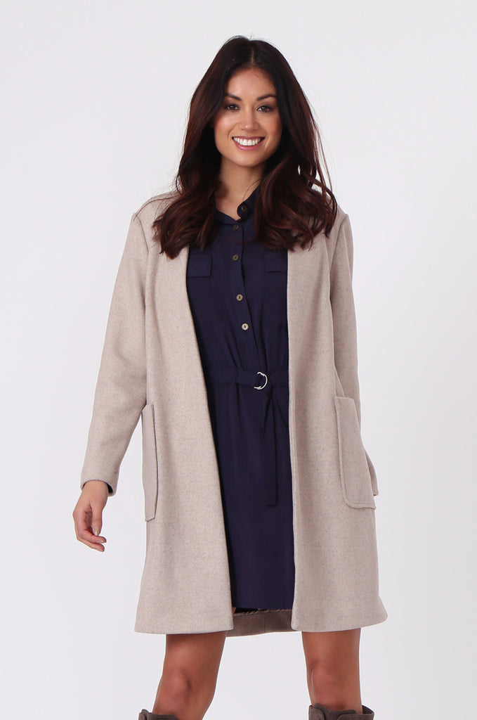 SF0435-CREAM PATCH POCKET STRAIGHT COAT