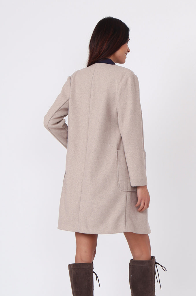 SF0435-CREAM PATCH POCKET STRAIGHT COAT view 3