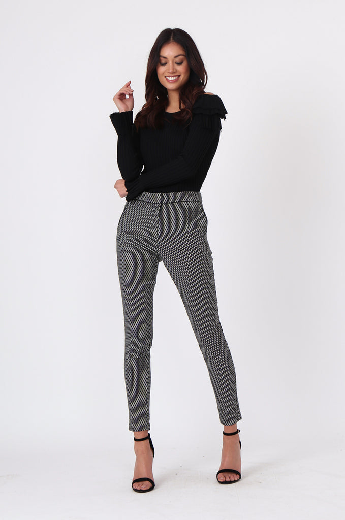 SF0452-BLACK & WHITE CIGARETTE PANT
