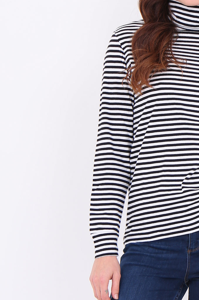 SF2032-BLACK STRIPED LONG SLEEVE TURTLE NECK TOP view 5