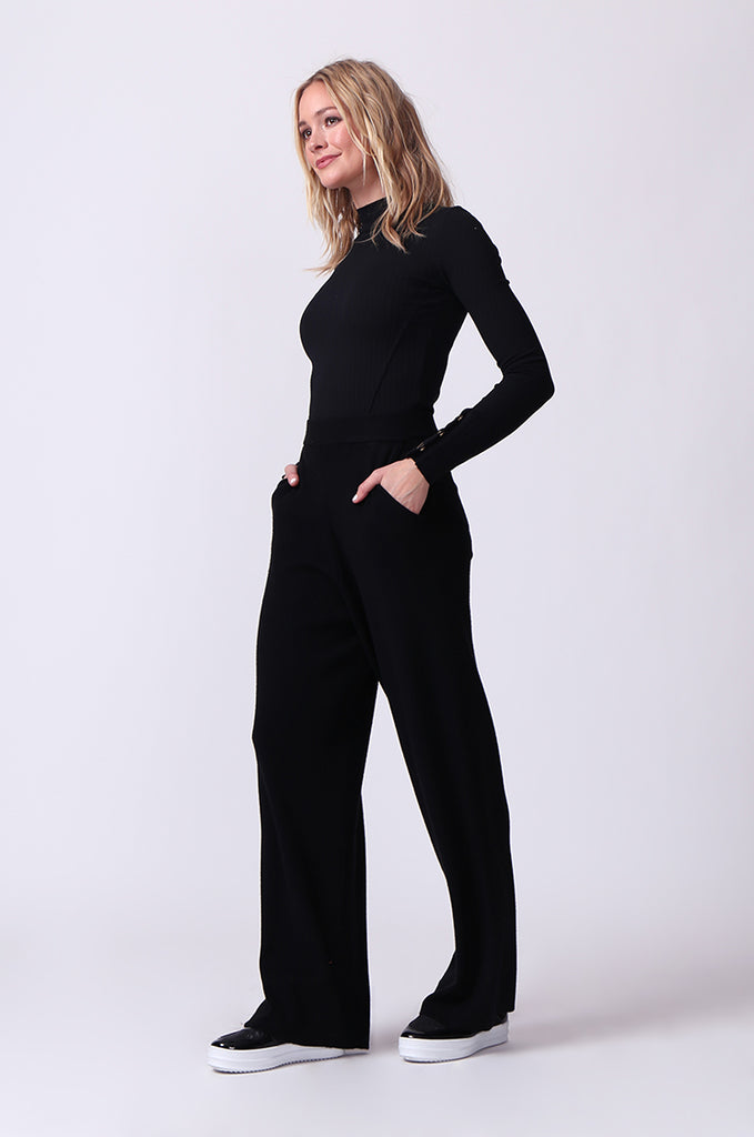 SJ0344-BLACK KNIT PANT WITH POCKET view 2