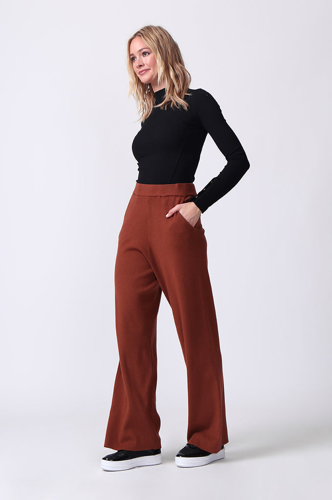 SJ0344-RUST KNIT PANT WITH POCKET view 2