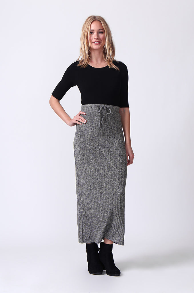 SJ0355-GREY TIE WAIST RIB KNIT MIDI SKIRT view 2