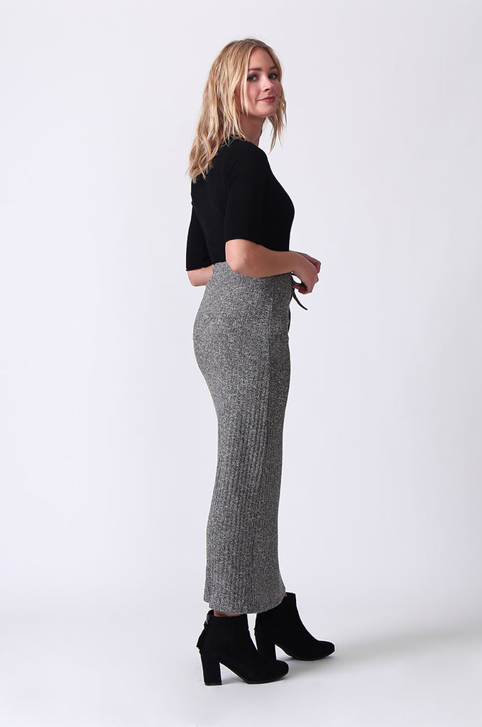 SJ0355-GREY TIE WAIST RIB KNIT MIDI SKIRT view 4