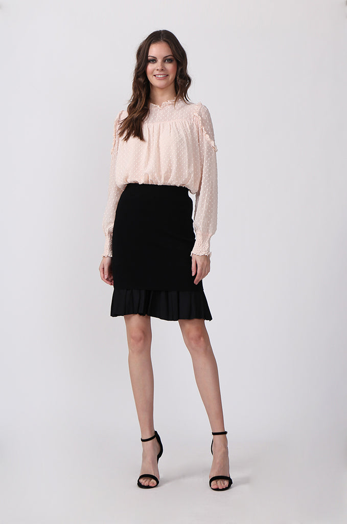 PLEAT HEM KNIT SKIRT
