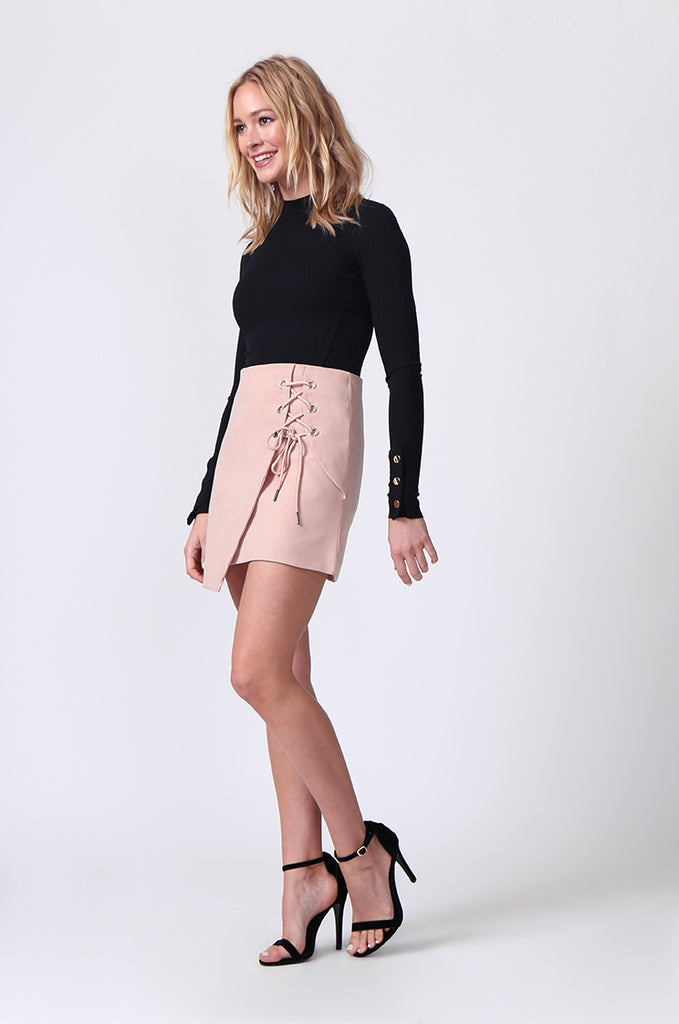 SJ0364-PINK LACE UP FRONT MINI SKIRT view 2