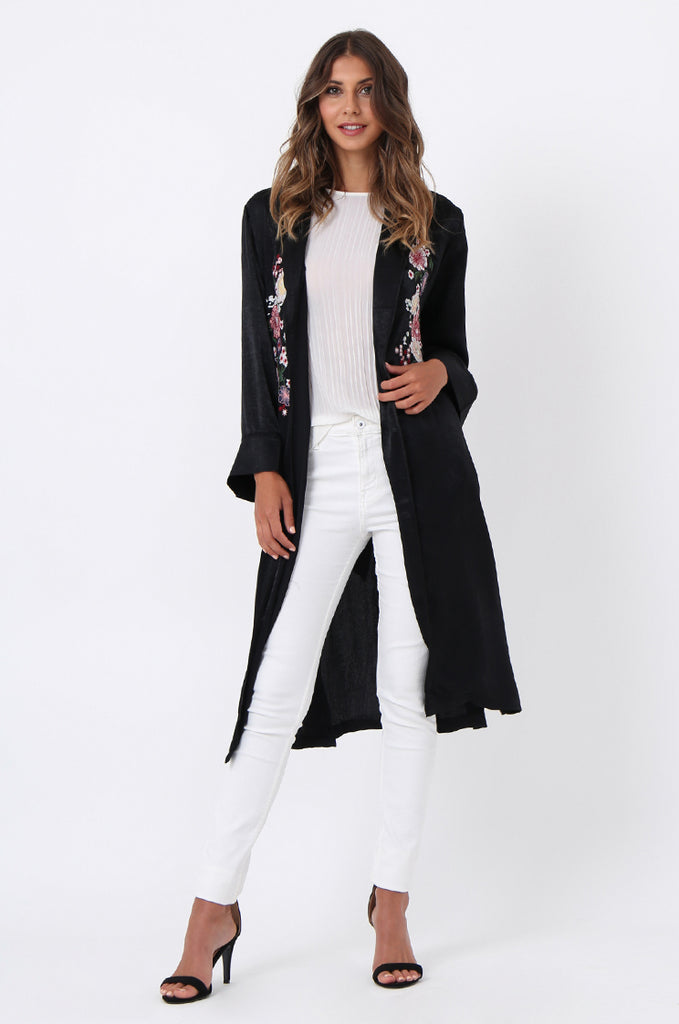 SJ1368-BLACK FLORAL EMBROIDED SATIN DUSTER view main view