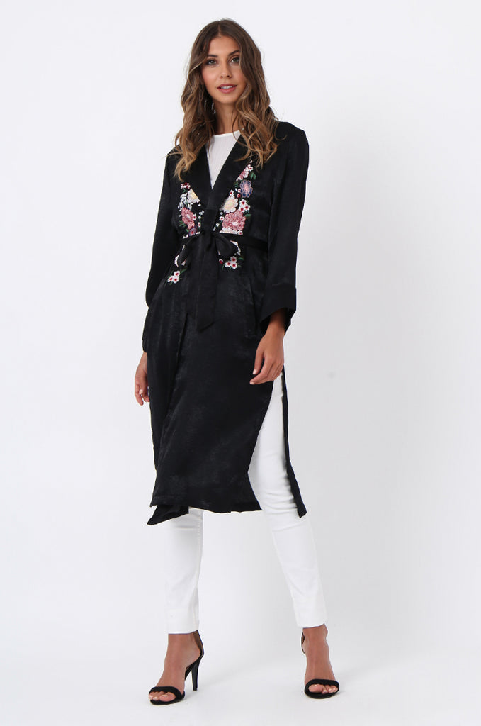 SJ1368-BLACK FLORAL EMBROIDED SATIN DUSTER view 4