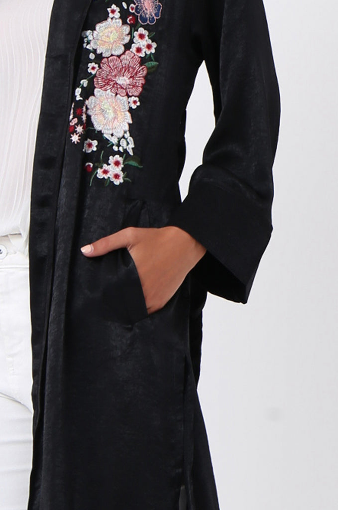 SJ1368-BLACK FLORAL EMBROIDED SATIN DUSTER view 5