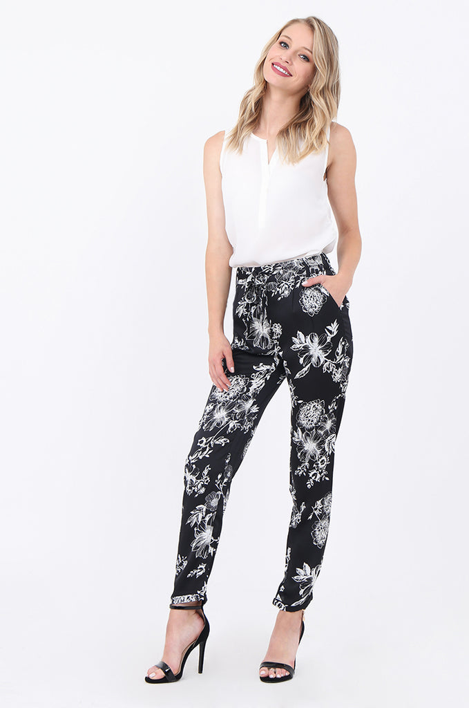 SJ1688-BLACK FLORAL TAPERED LEG TROUSERS