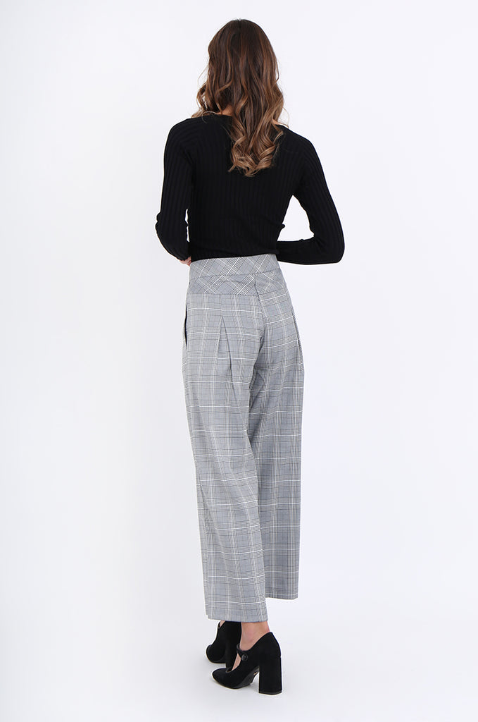 SJ1877-BLACK CHECK PLEAT POCKET ANKLE LENGTH TROUSERS view 3