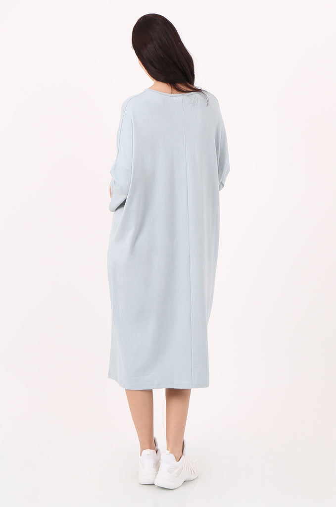 SJ2544-BLUE V-NECK RELAXED FIT KNIT DRESS view 3