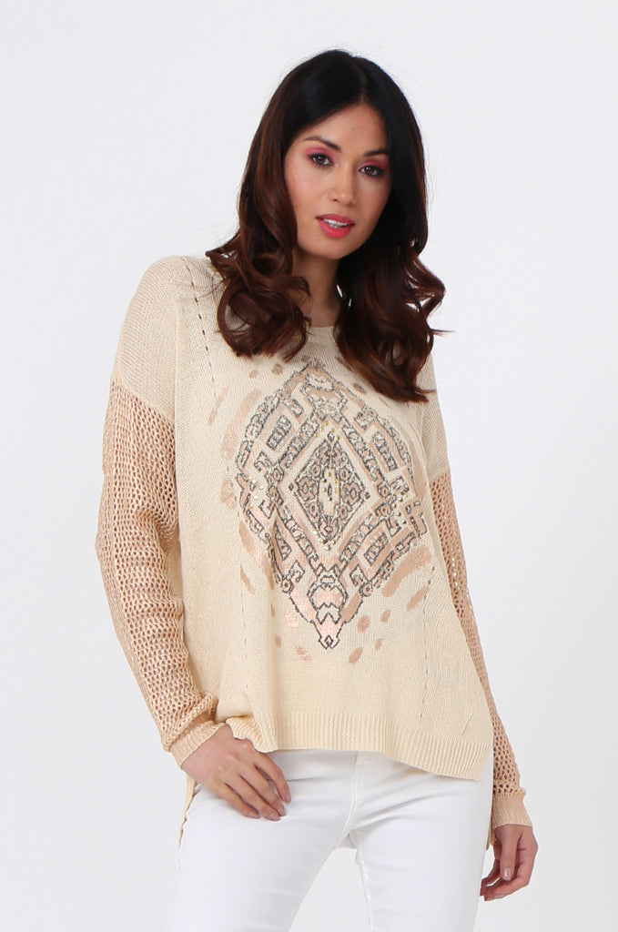 SLJ1074-BEIGE PRINT FRONT LONG SLEEVE KNIT TOP view main view