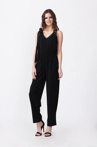 TIE UP SHOULDER JUMPSUIT