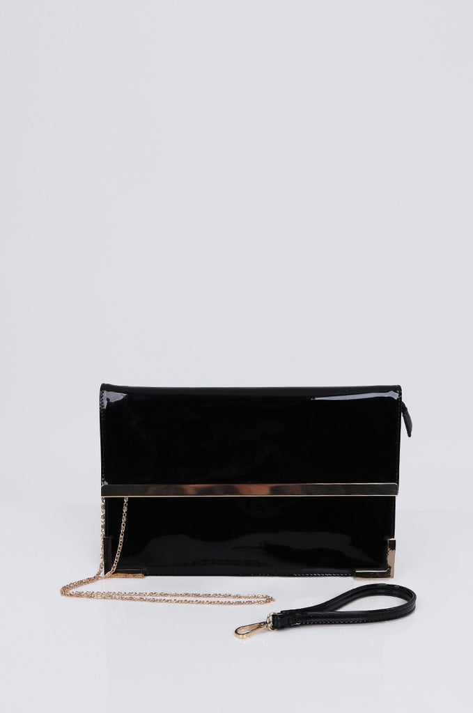 SMB1968-BLACK PATENT SQUARE ENVELOPE CLUTCH BAG