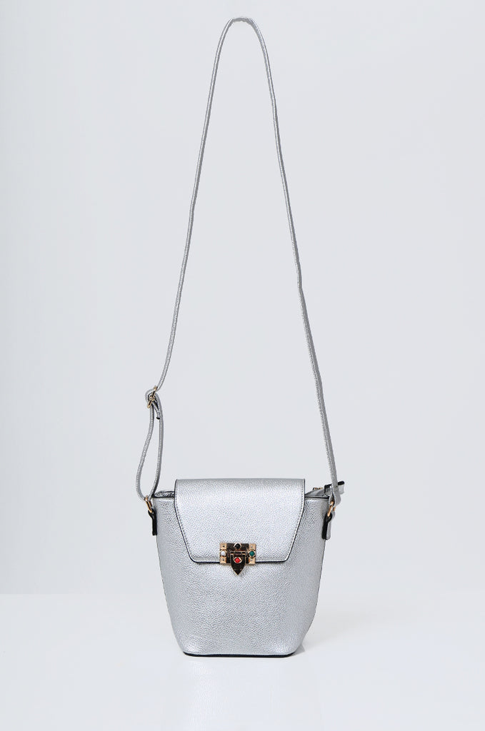 SMB2213-SILVER CROSS BODY EMBELLISHED BUCKET BAG view main view