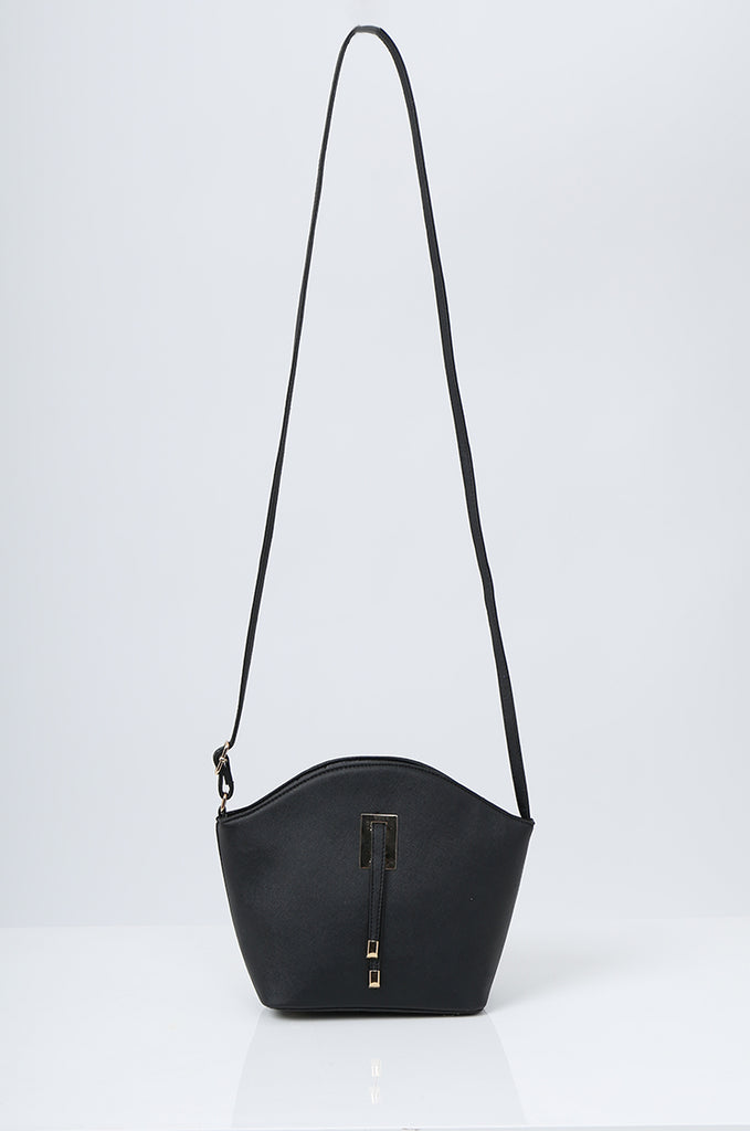 SMB2219-BLACK BUCKLE DETAIL CURVE TOP SHOULDER BAG