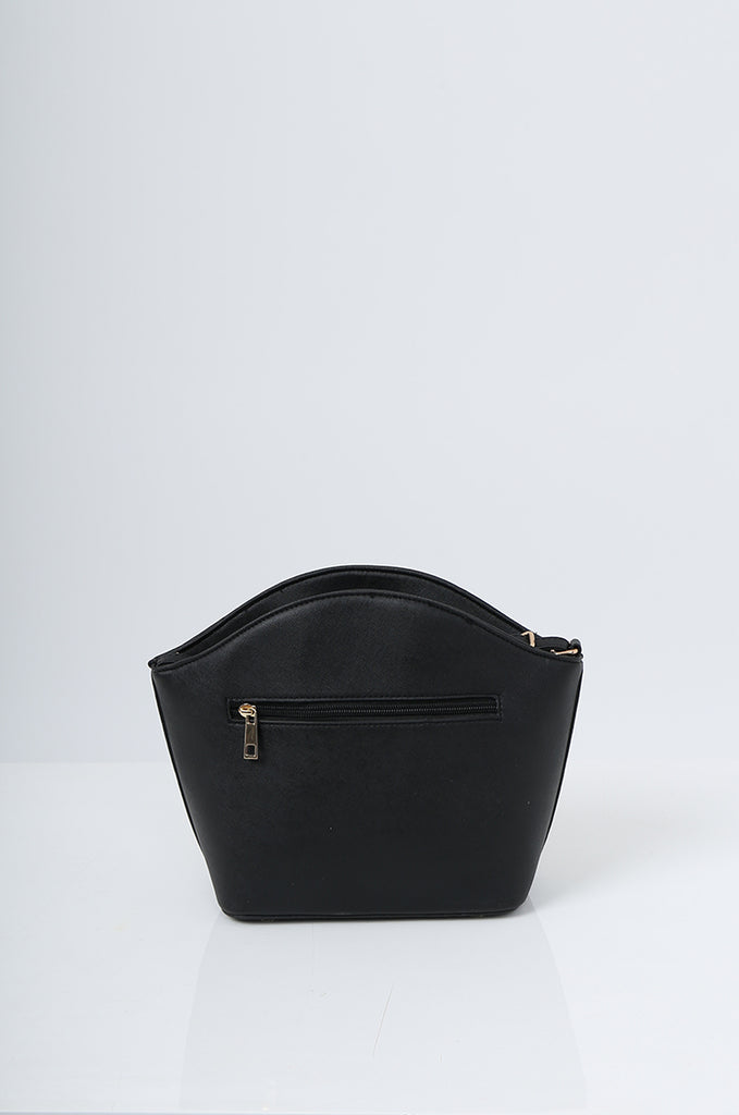 SMB2219-BLACK BUCKLE DETAIL CURVE TOP SHOULDER BAG view 4