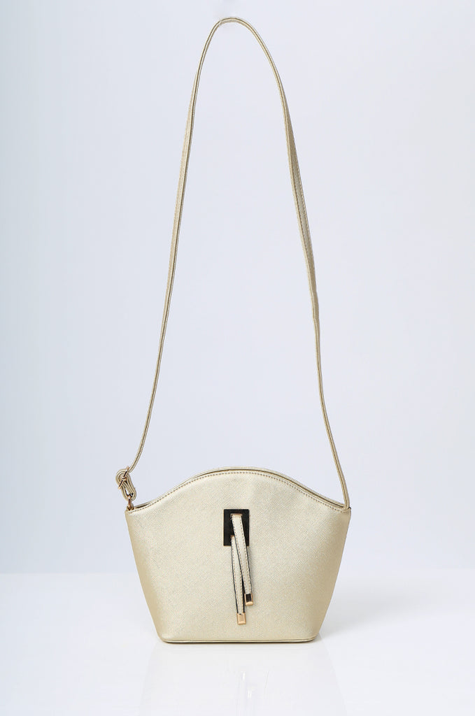 SMB2219-GOLD BUCKLE DETAIL CURVE TOP SHOULDER BAG