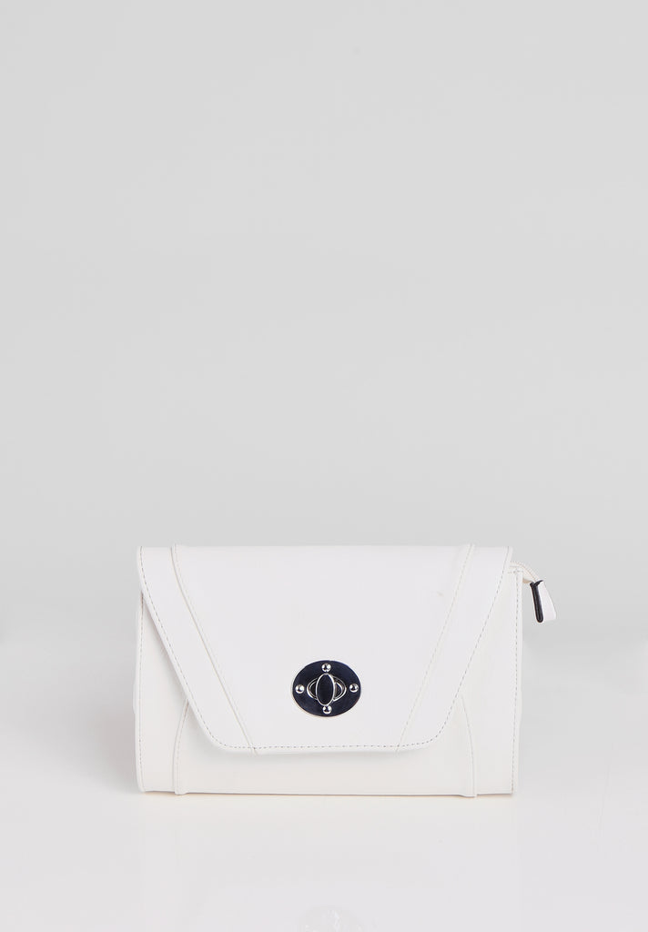 SMB2688-WHITE PANELLED SILVER TWIST BUCKLE CLUTCH BAG