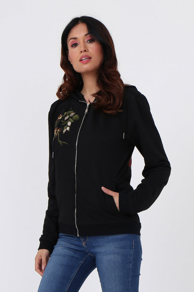 SMK1040-BLACK FLORAL EMBROIDED HOODED SWEATSHIRT view 2