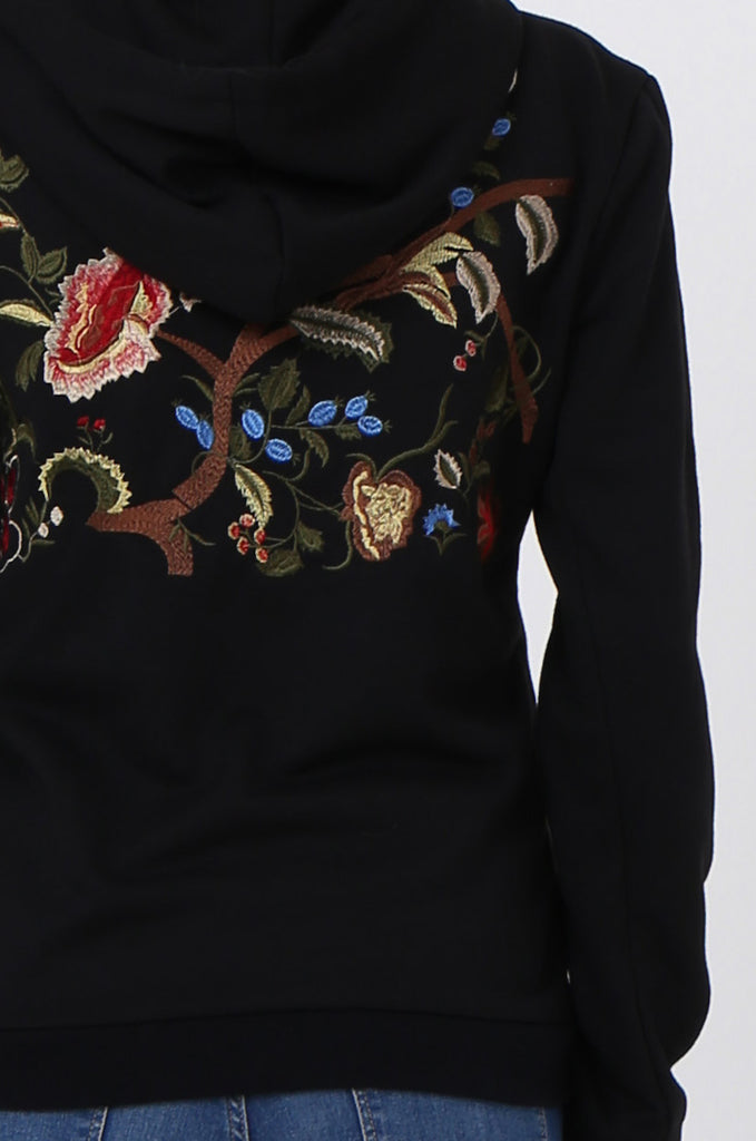 SMK1040-BLACK FLORAL EMBROIDED HOODED SWEATSHIRT view 5
